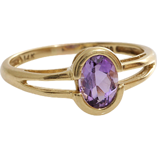 Amethyst Gold Ring   14K Yellow Oval   Vintage Solitaire Purple USA