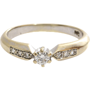 Vintage Diamond Engagement Ring | 18K Bicolor Gold | Round Brilliant