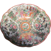 Rose Medallion Oval Bowl