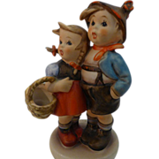 "Goebel Hummel figurine ""Suprise"""