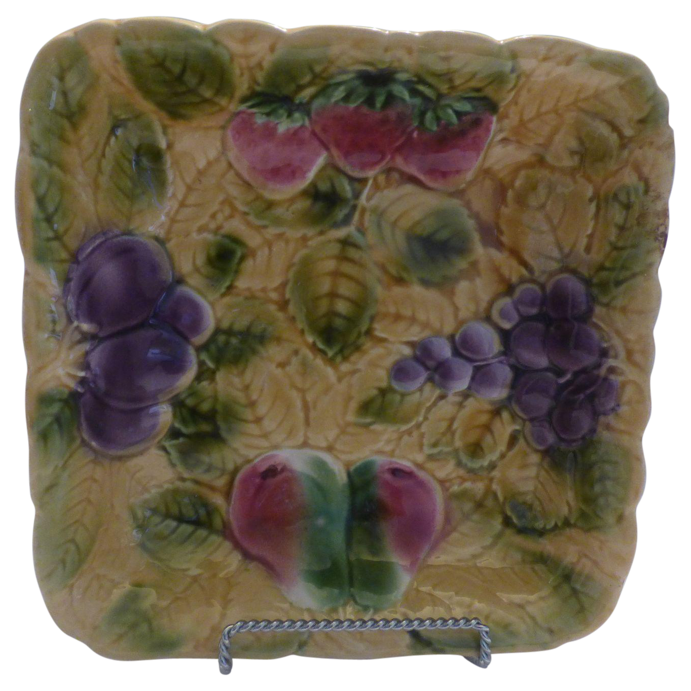 french majolica bowl from suzieqs on ruby lane