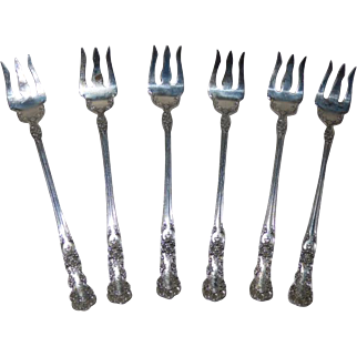 Sterling Silver Buttercup Oyster Fork