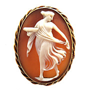 Vintage Cameo on 14k Gold
