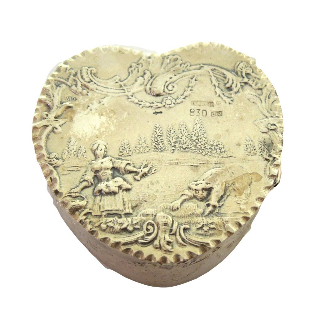Late 19th Century Dutch 830 Silver Heart Trinket Box