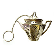 Vintage Sterling Figural Tea Pot Tea Strainer