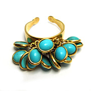 "Vintage Turquoise ""Ruffled"" 18k Gold Ring"