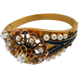 Vintage 14Kt yellow gold and black enamel bracelet with pearls