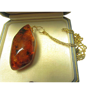 Amber Nugget on 12K Wire with GF Ster. Chain