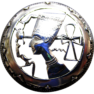 Egyptian Hallmarked Nefertiti Silver 10.5 Gr. Brooch