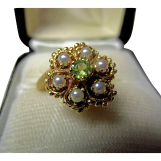 Superb 10K YG Pearls & Peridot Ring