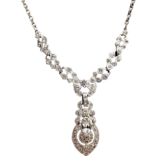 Elegant Drop 1920's Rhinestone Necklace