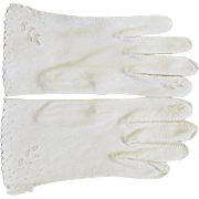 Vintage White Cloth '60's Gloves