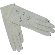 Vintage White Kid Leather Embroidered Gloves New Never Worn