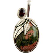 SALE  Beautiful Sajen Unakite Stone Pendent