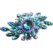 Beautiful Vintage Beau Jewels Blue & Turquoise Rhinestone & Poured Glass Brooch