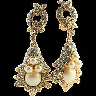 Kenneth Jay Lane Chandelier Gold Metal & White Pearl Clip Earrings