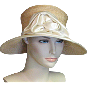 Amazing 1920's Stylish Cloche Natural Fine Straw & Ecru Silk Flower Chapeau