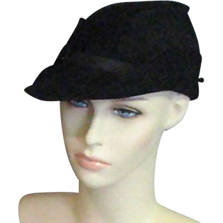 Great Little 1920's Small Black Wool Hat