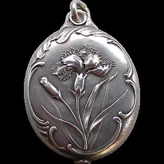 A Sterling Silver Art Nouveau Large French Slip Locket
