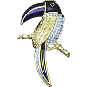 CIRO England Rhinestone Gold Plated Enamel Figural Parrot Brooch Exquisite