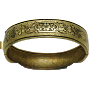 Antique Victorian 10K Gold Etched Bangle Bracelet Tracery Enamel