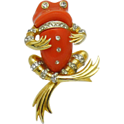 BOUCHER 1968 Lucite Rhinestone Dandy Frog Figural Brooch Pin