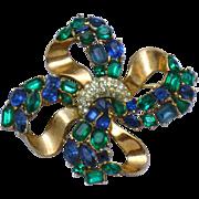 CROWN TRIFARI 1950 Jeweled Symphony Bowknot Emerald Sapphire Rhinestone Brooch