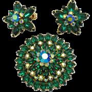 BEAU JEWELS Emerald Rhinestone Brooch Pin Earring Set Mint