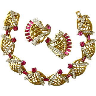 Rare JERAY Rice Weiner Ruby Rhinestone Bracelet and Earrings Set