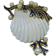 CROWN TRIFARI 'Under the Sea' Seashell  Brooch Pin