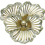 BOUCHER  1950 Pansy Flower Rhinestone Gold Plated Brooch