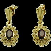 Pristine Ornate 14K Yellow Gold Garnet Post Earrings 3 Grams