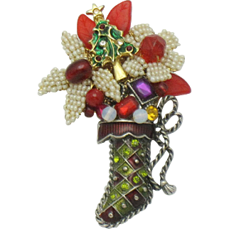 STANLEY HAGLER Christmas Stocking Poured Glass, Crystal, Seed Pearl Brooch Pin