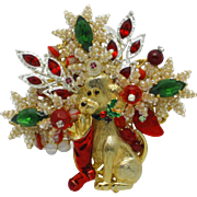 Adorable STANLEY HAGLER Christmas Brooch Pin DOG With Enamel Stocking 3x3
