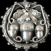 Victorian Brooch with Acorns