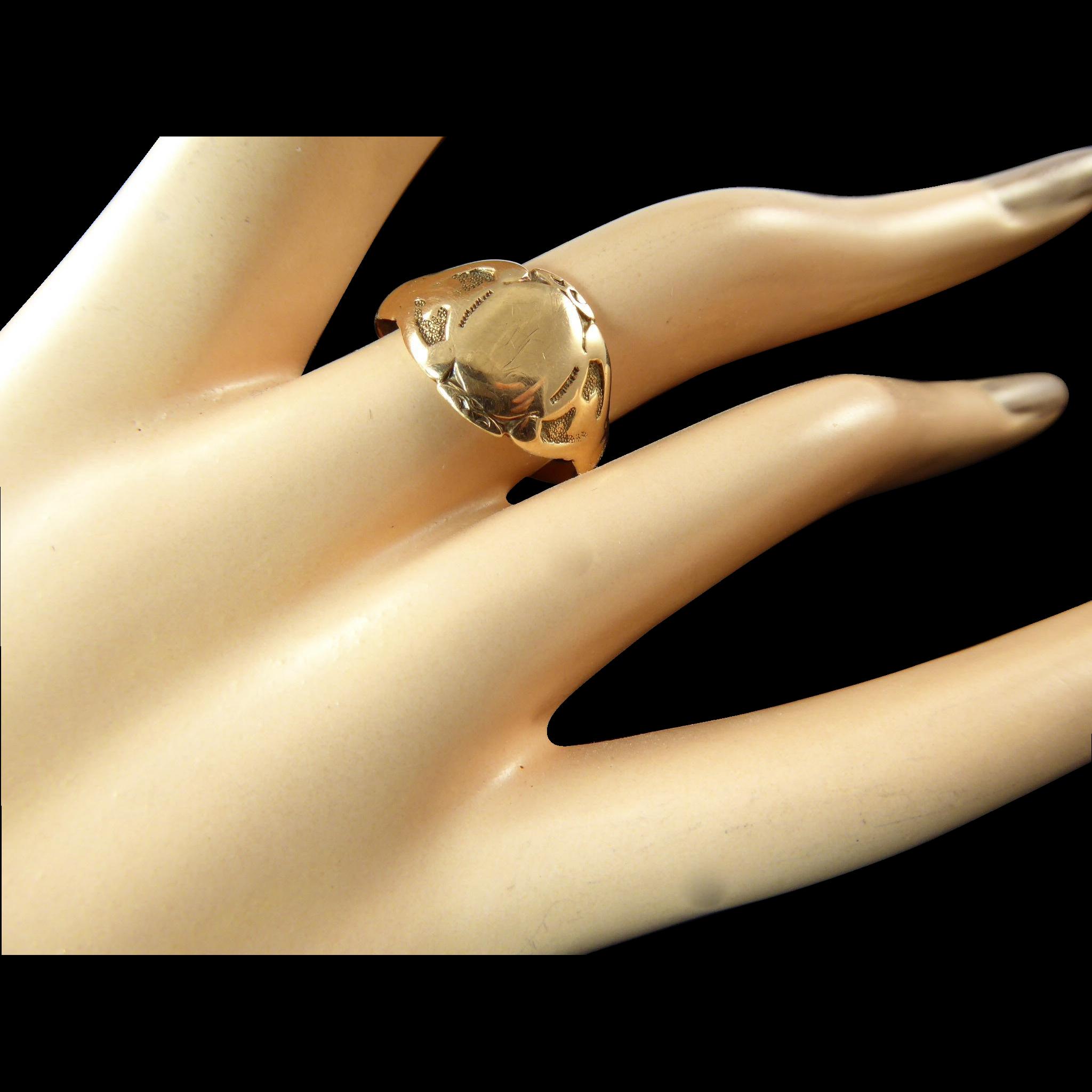 gold signet ring 10k from lkramervintage on ruby