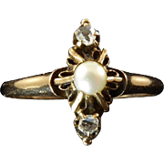 Edwardian Diamond and Pearl Ring Set in 10 Karat Gold