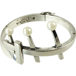 Sigi Modernist Mexican Sterling Hinged Cuff with Cultured Pearls