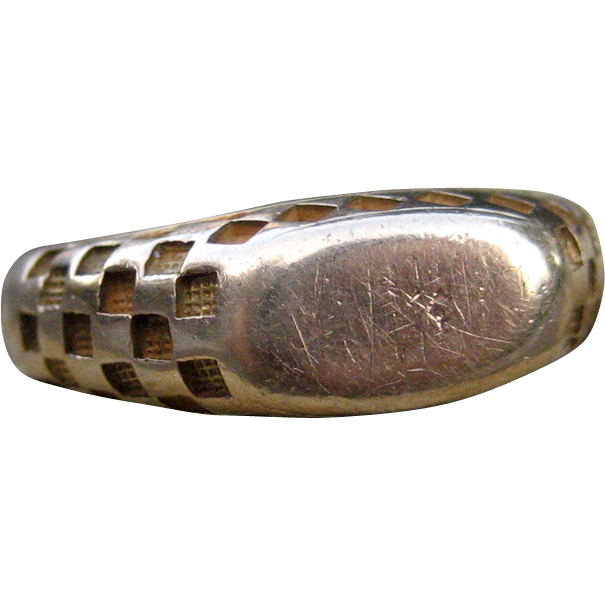 Edwardian Patterned Signet Ring 10k