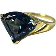 Contemporary 14k London Blue Topaz Pie Cut Ring 7.39 Carats