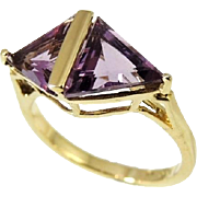 Impressive Amethyst Trillion Ring 10k Gold 3.84 ctw DAZZLING