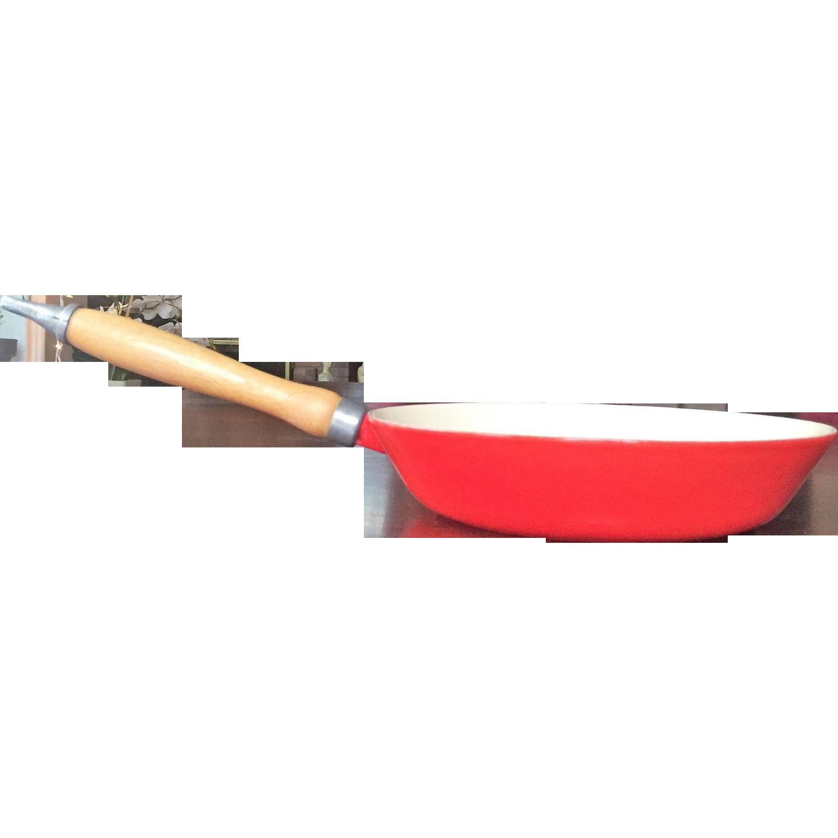 1960u0027s lavec skillet cast iron enameled frying pan le creuset - Le Creuset Skillet