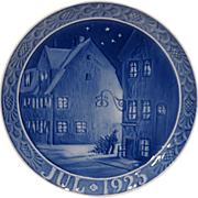 1925 Royal Copenhagen Christmas Plate