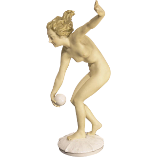 Magnificent 1940s Hutschenreuther Figure Nude With Ball