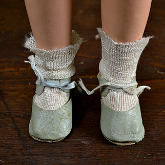 """Vintage Green Oilcloth Shoes & Socks Off 40's Compo Doll, 2-3/4"""" x 1-1/4"""""""