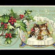 1910 Happy Cats Share Christmas Plum Pudding, Holly Berry, Snow, Postcard #316