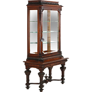 Exceptional English Antique Rococo Display Cabinet Vitrine, 19th Century