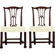 Fine Pair of English Chippendale Carved Mahogany Side Chairs, 18th Century