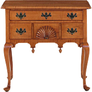 American Queen Anne Style Tiger Maple Lowboy Chest of Drawers, 19th Century