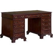 English Georgian Style Mahogany and Leather Antique Pedestal Desk, 19th Century